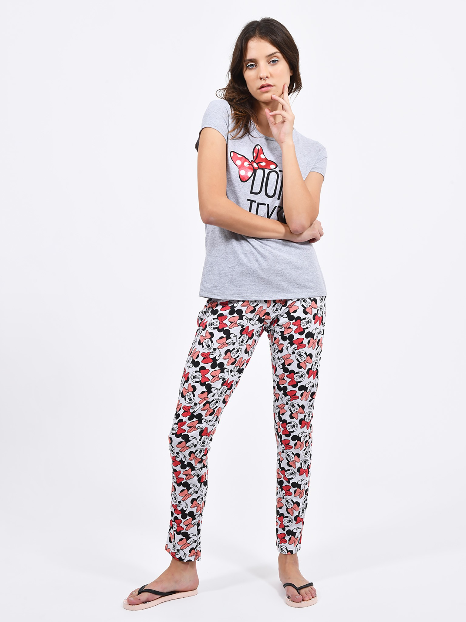 Oferta de Pijama Minnie Texto por $56.7