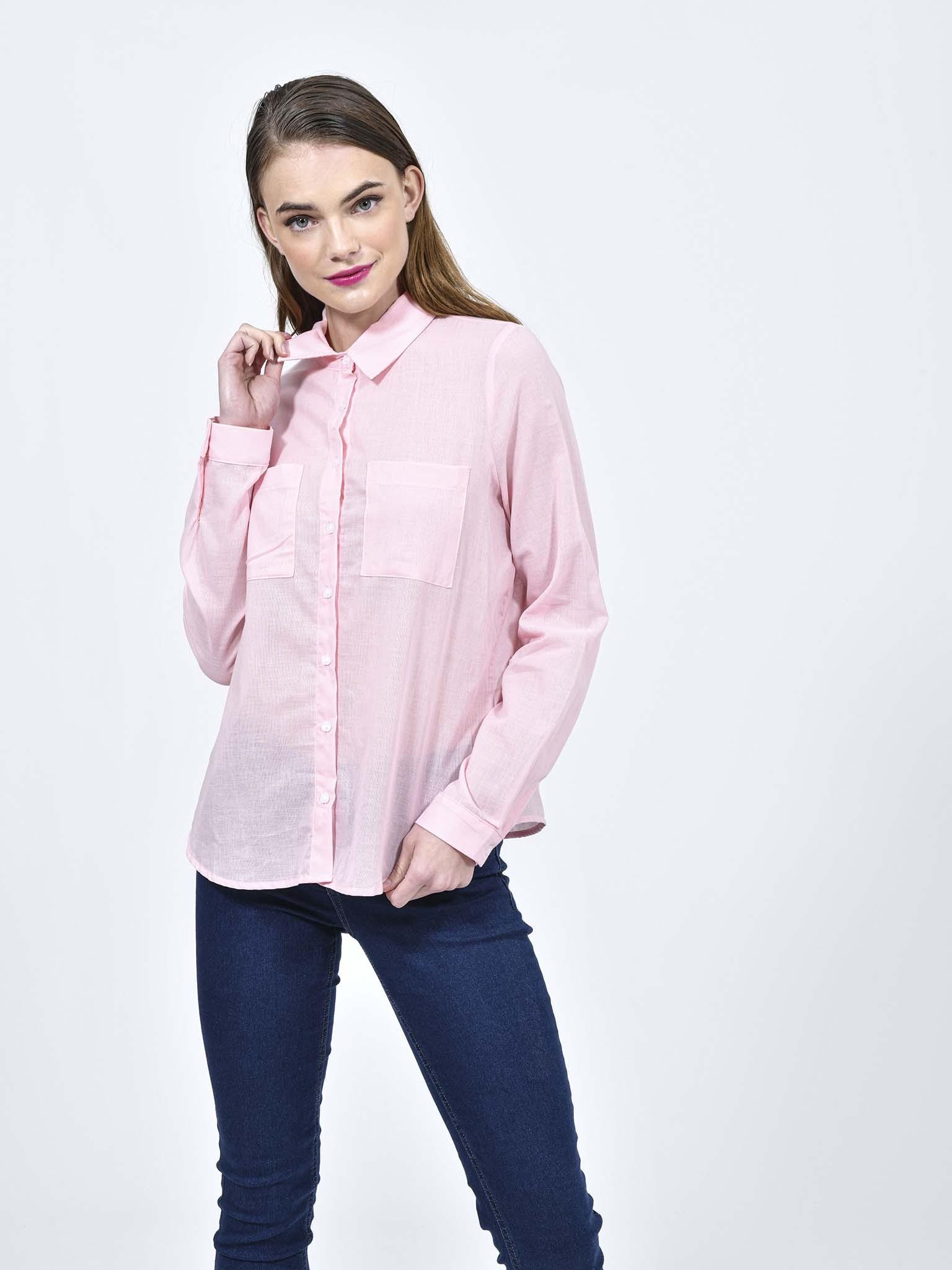 Oferta de Blusa Rosa Cuello Clásico por $149