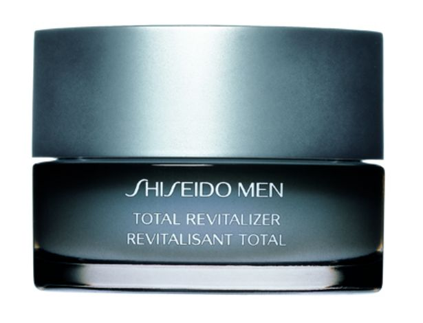 Oferta de MEN TOTAL REVITALIZER CREAM por $1920