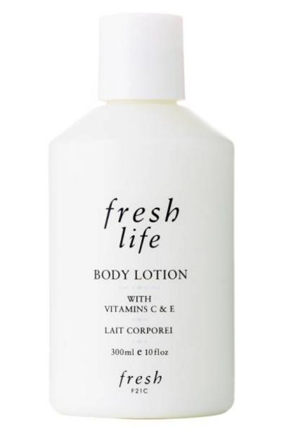 Oferta de LIFE BODY LOTION por $395