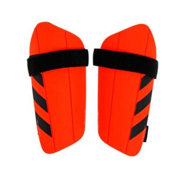 Oferta de Espinilleras Adidas Medianas Everlesto color naranja por $159.5