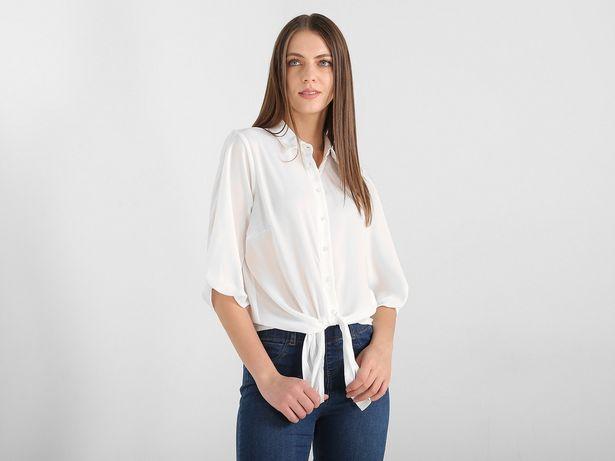 Oferta de Blusa Furor Elements con cuello camisero manga ¾ por $199