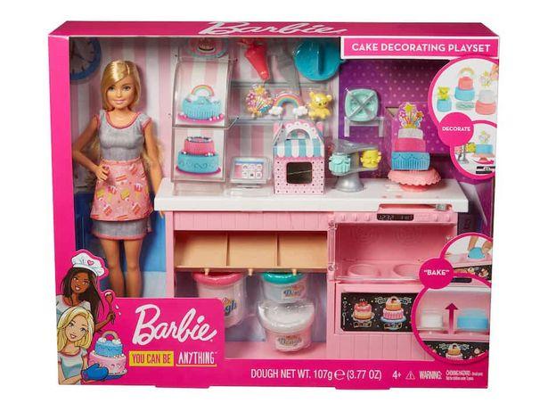 Oferta de Set Chef de Pasteles Barbie por $591.2