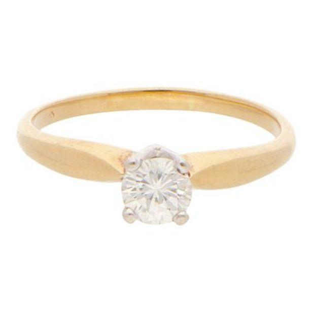 Oferta de Anillo solitario con diamante en oro dos tonos 14 kilates. por $11304