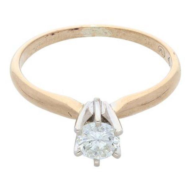 Oferta de Anillo solitario con diamante en oro dos tonos 14 kilates. por $8067