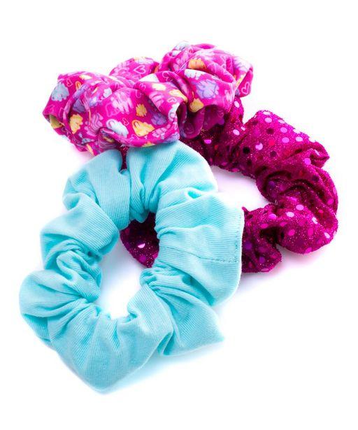 Oferta de Pack 3 scrunchies corazón dulce por $89