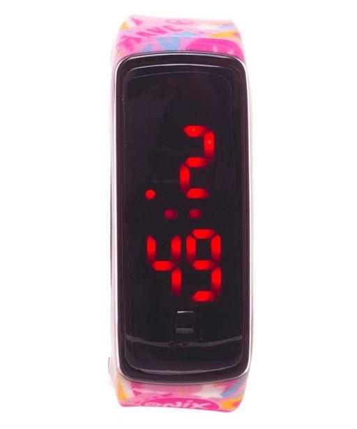 Oferta de Reloj Led Pink Magic Rosa por $199