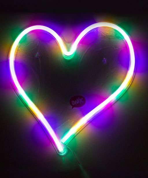 Oferta de Lámpara de pared Neon Corazón por $349