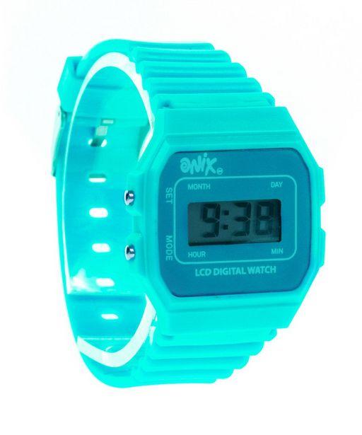 Oferta de Reloj Retro Menta por $74
