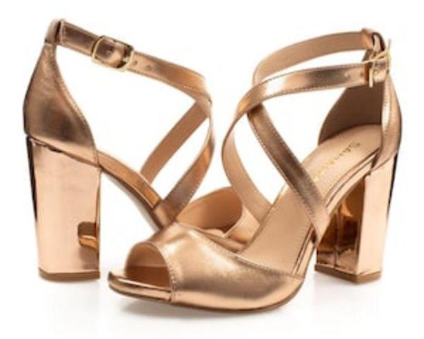 Oferta de Sandalias marca Sahara color Dorado para Mujer por $229