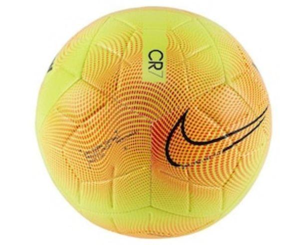 Oferta de Balón de Fútbol Nike M Series Strike por $449