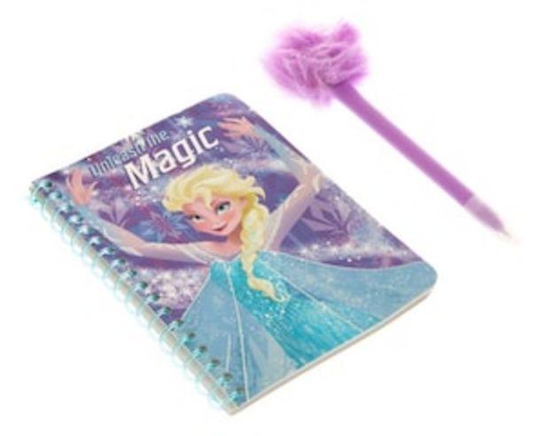 Oferta de Set de Cuaderno y Pluma Disney Frozen Lila por $32