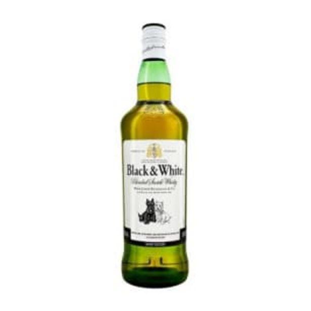 Oferta de Whisky Black & White Blended Scotch 1l por $219.95