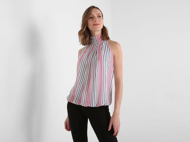 Oferta de Blusa Contempo a rayas cuello alto por $238