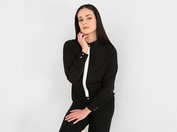 Oferta de Blusa Contempo con cuello camisero por $199