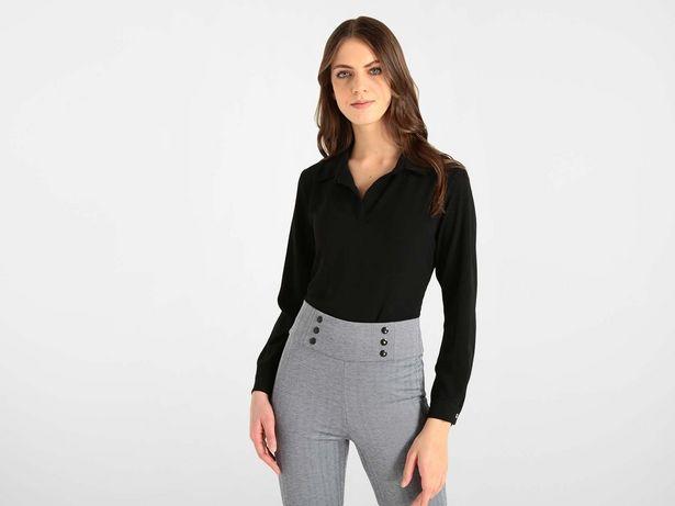 Oferta de Blusa Contempo cuello camisero manga larga por $199