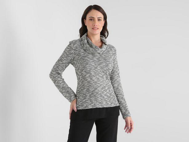 Oferta de Blusa La Mode texturizada cuello tortuga por $318