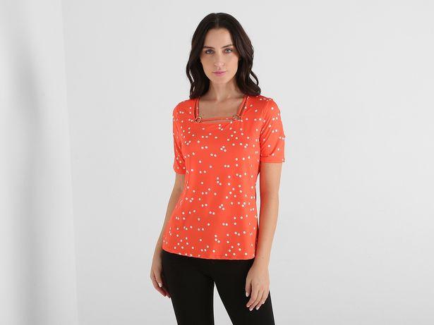 Oferta de Blusa La Mode a lunares cuello cuadrado por $238