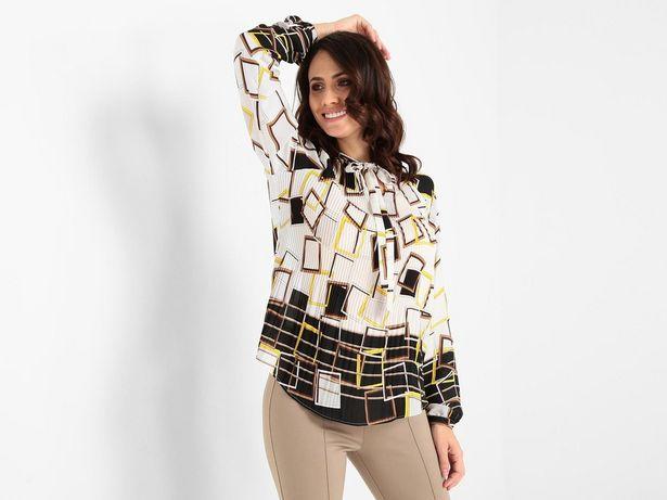 Oferta de Blusa La Mode con diseño gráfico por $199