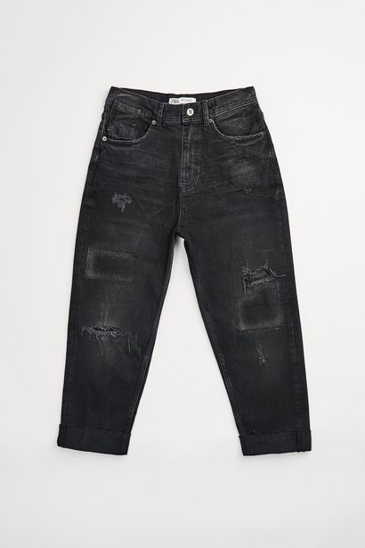 Oferta de JEANS LOOSE FIT PARCHES por $599
