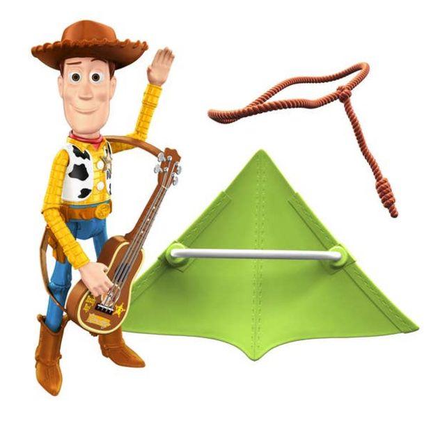 Oferta de Disney Pixar Toy Story Woody con accesorios por $215.6