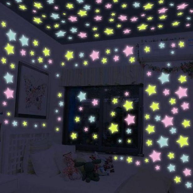Oferta de Estrellas Fluorescentes Kaufhaus por $39