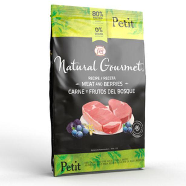 Oferta de Natural Gourmet Alimento Natural para Perro Adulto Raza Pequeña Receta Carne y Frutos del Bosque, 7.5 kg por $1080