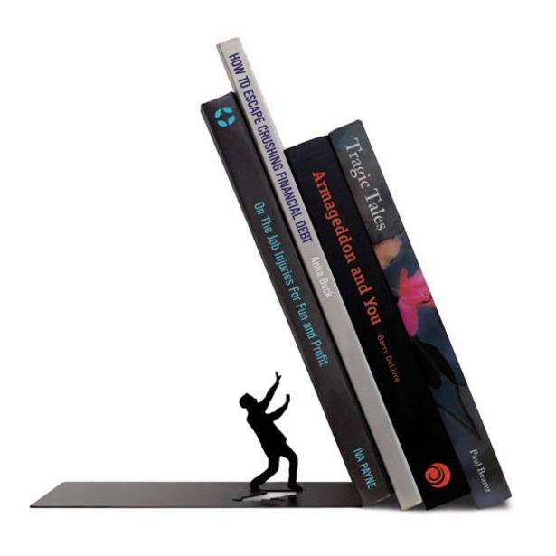 Oferta de Soporte Para Libros The End Negro Fred & Friends por $279.93