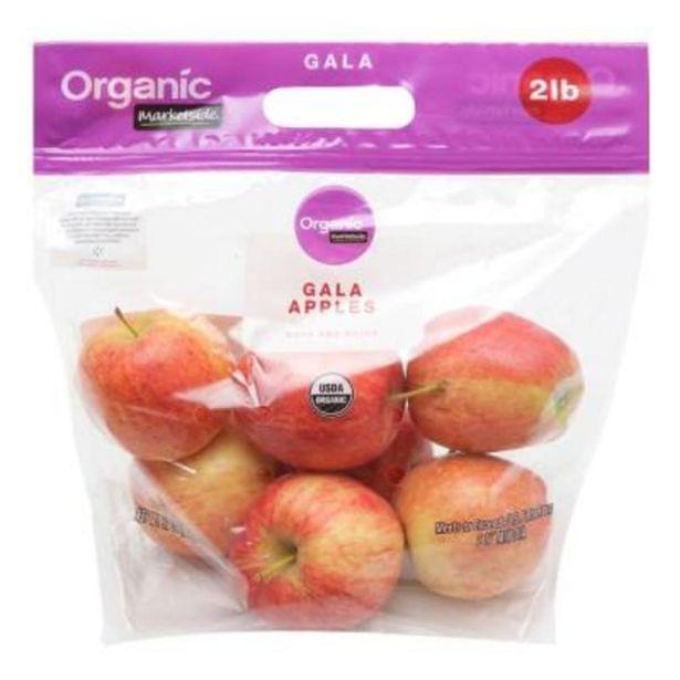 Oferta de Manzana gala orgánica Marketside 907 g por $59