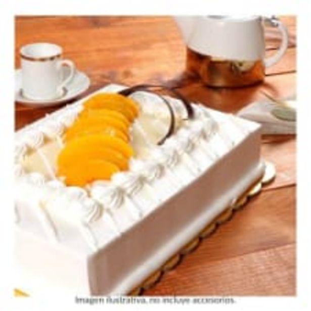 Oferta de Pastel corona de durazno 1/4 plancha por pza por $275