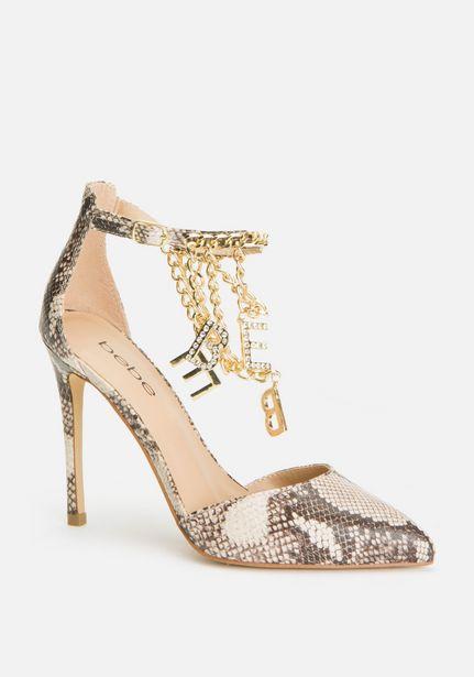Oferta de Decor Ankle Strap Heels por $69.99