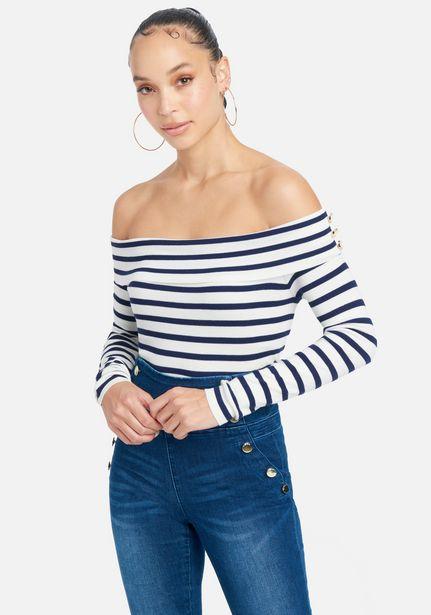 Oferta de Stripe Off The Shoulder Sweater Top por $29.99
