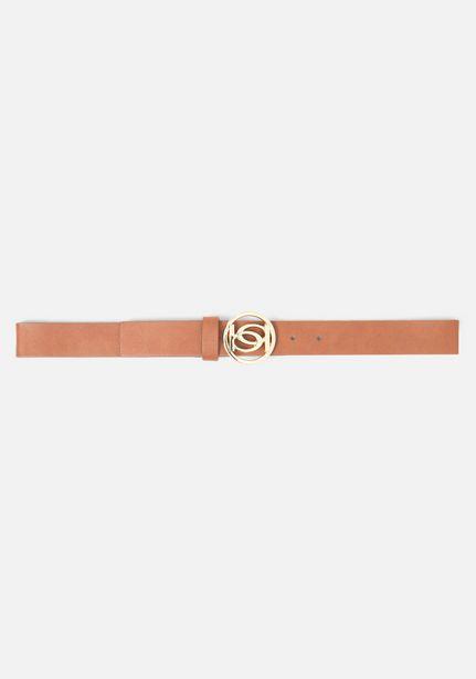 Oferta de Logo Gold Buckle Belt por $9.97