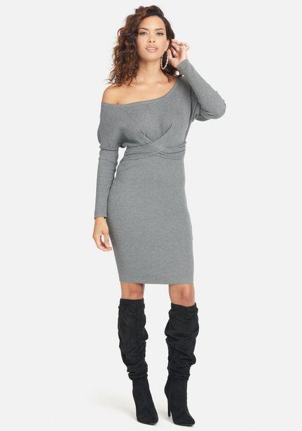 Oferta de Knit Off Shoulder Midi Dress por $44.99