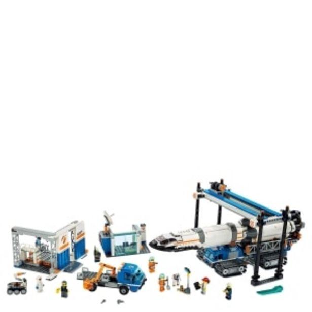 Oferta de CONSTRUCCION CITY ROCKET ASSEMBLY Y TRANSPORT LEGO por $2999