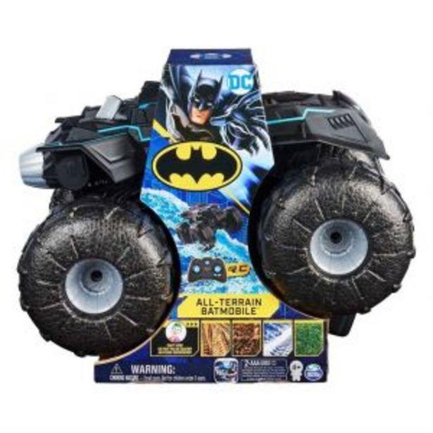 Oferta de Vehiculo Batman Radio Control All-Terrain Batmobile por $1699