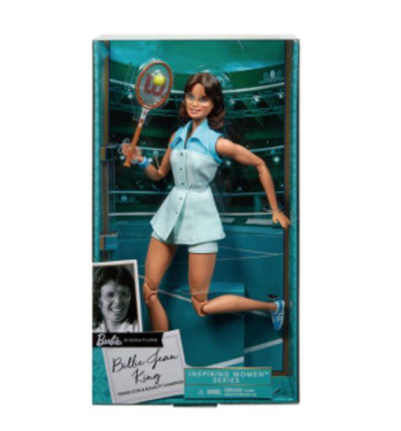 Oferta de Barbie Signature Billie Jean King por $319.6