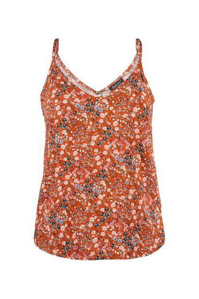 Oferta de Blusa tirantes floral por $70