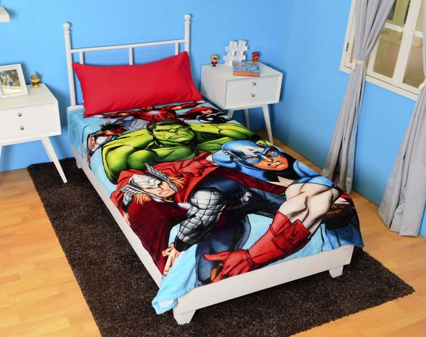 Oferta de Cobertor Individual Export Silk Avengers por $235