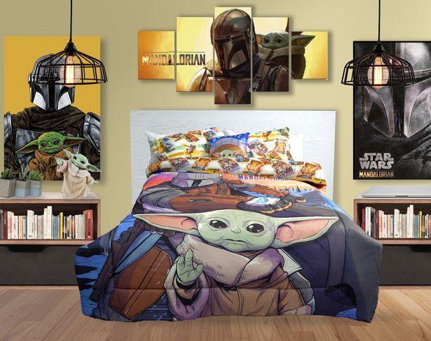 Oferta de Edredón Matrimonial Tela Baby Yoda por $529