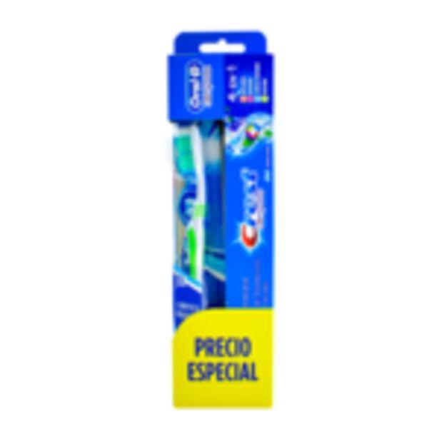 Oferta de Kit de Viaje Cepillo dental Oral B + Pasta dental Crest Complete 50ml por sólo $34.99! por $34.99