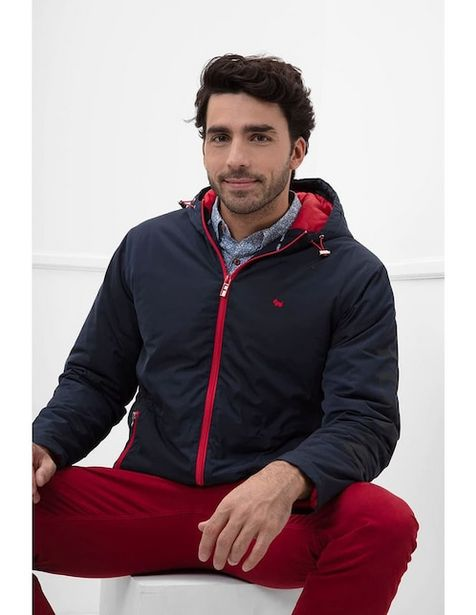 Oferta de Chamarra Ferrioni con capucha por $1529.15